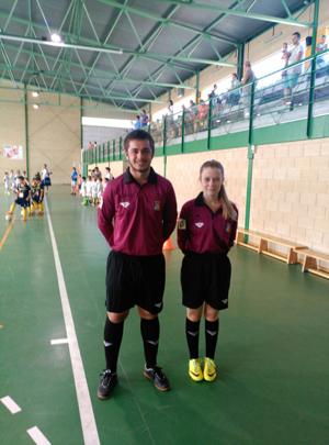 Debut de nuestros compañeros de fútbol sala Jonathan y Catalina