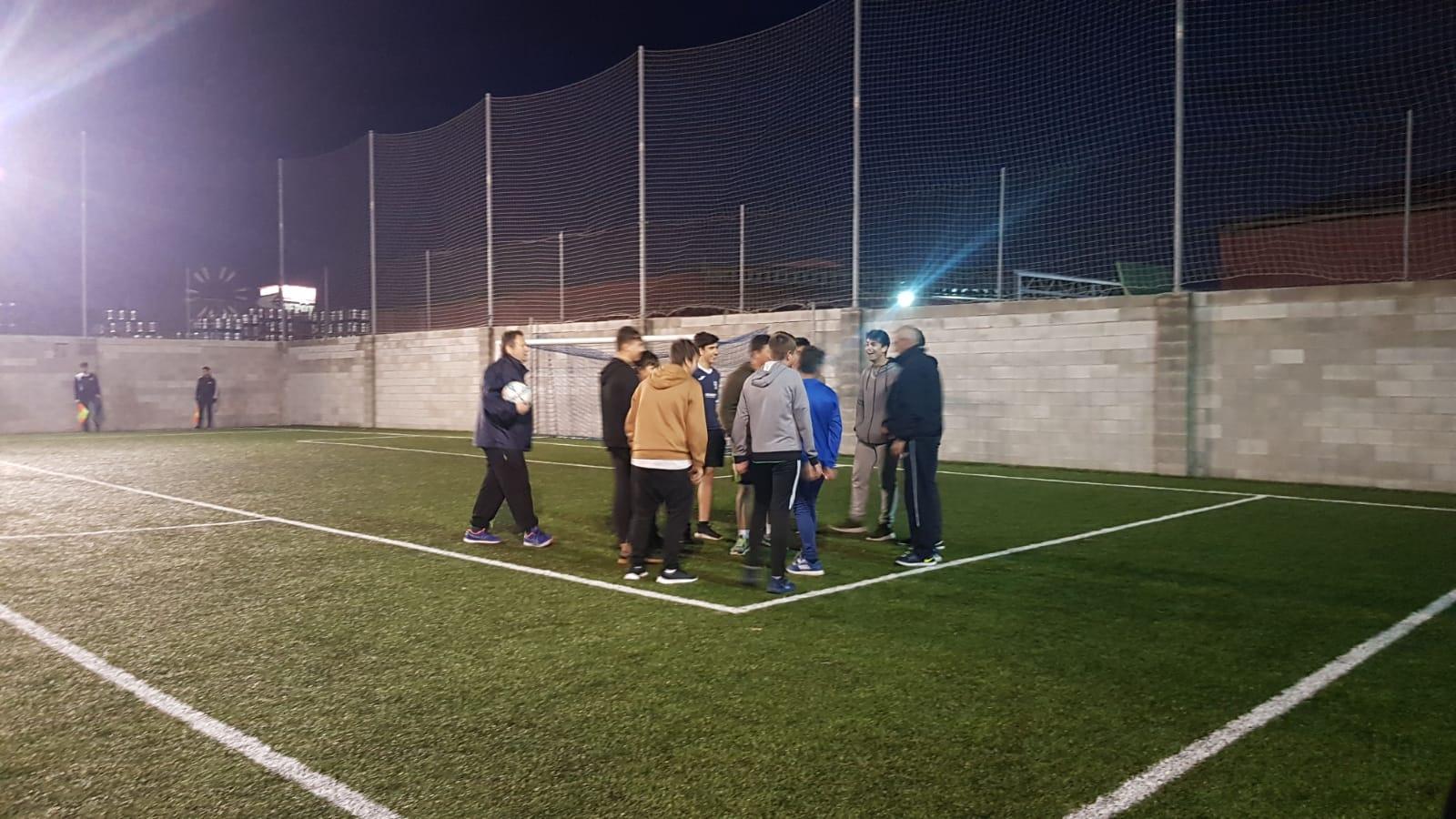 Clases prácticas para los alumnos cursillistas aspirantes a árbitros.
